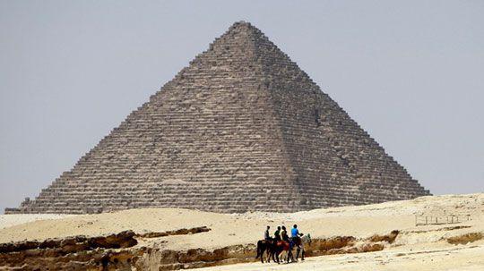 Nueva teoria sobre la construccion de las piramides